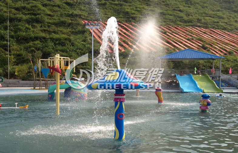 Customized Fiberglass / PVC Spray Mushroom Aqua Park Equipment For 3 - 5 Persons